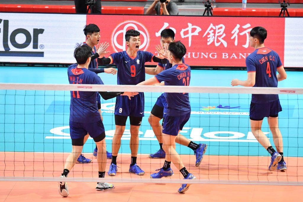 亞俱 / 打出活力 中華首戰退新加坡晉8強