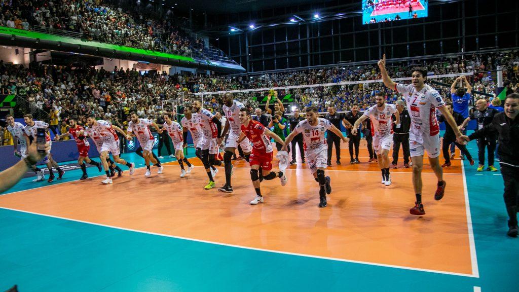 義大利俱樂部 雙雙稱霸歐冠男女排