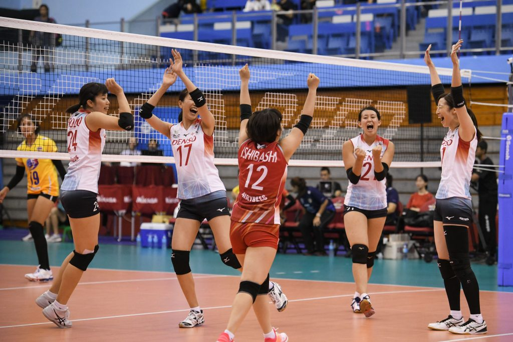 CMFC EDGED PAST PETRO GAZZ ANGELS 3-2; DENSO AIRYBEES SWEPT THAILAND IN STRAIGHT SETS