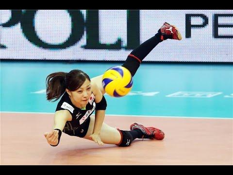 移動接球總是亂摔?練好滾翻減少傷害!