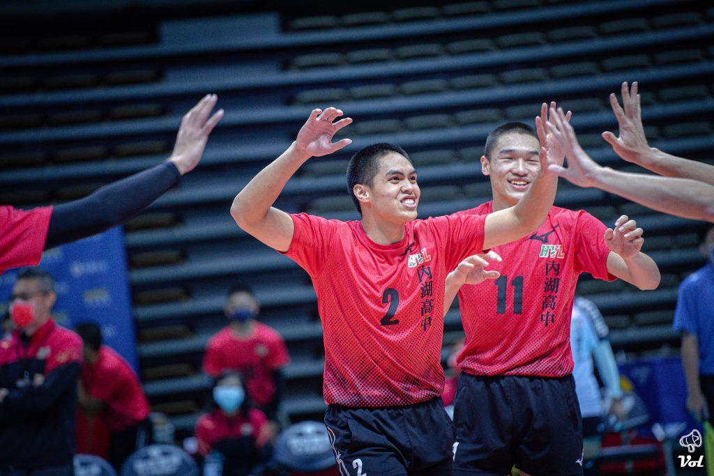 109HVL》因隊友而相信自己,因教練而放手一博,黃聖儒的排球路